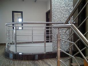 स्टेनलेस स्टील रेलिंग डिजाइन