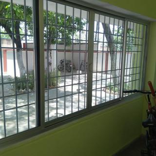 aluminium-sliding-glass-window.jpg