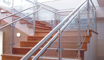 stinless-steel-stairs-railing-with-glass.jpg