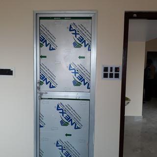 aluminium-door-for-bathroom.jpg