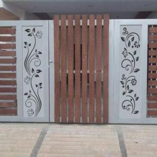 modern house gate.jpg