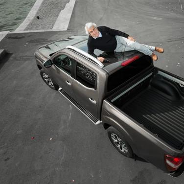 Michel Boujenah & Renault Alaskan (2017)