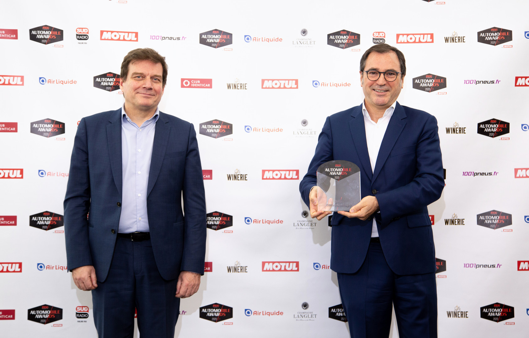 Daniel Schwarz (DG Motul France) & Denis Le Vot (Directeur Commerce & Marketing Groupe Renault)