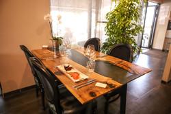 Table à manger NOYER MASSIF