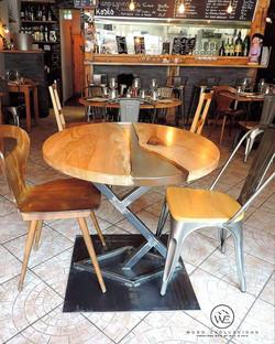 Table à manger  FRENES MASIF
