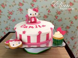 Pastel de Hello Kitty baby fondant
