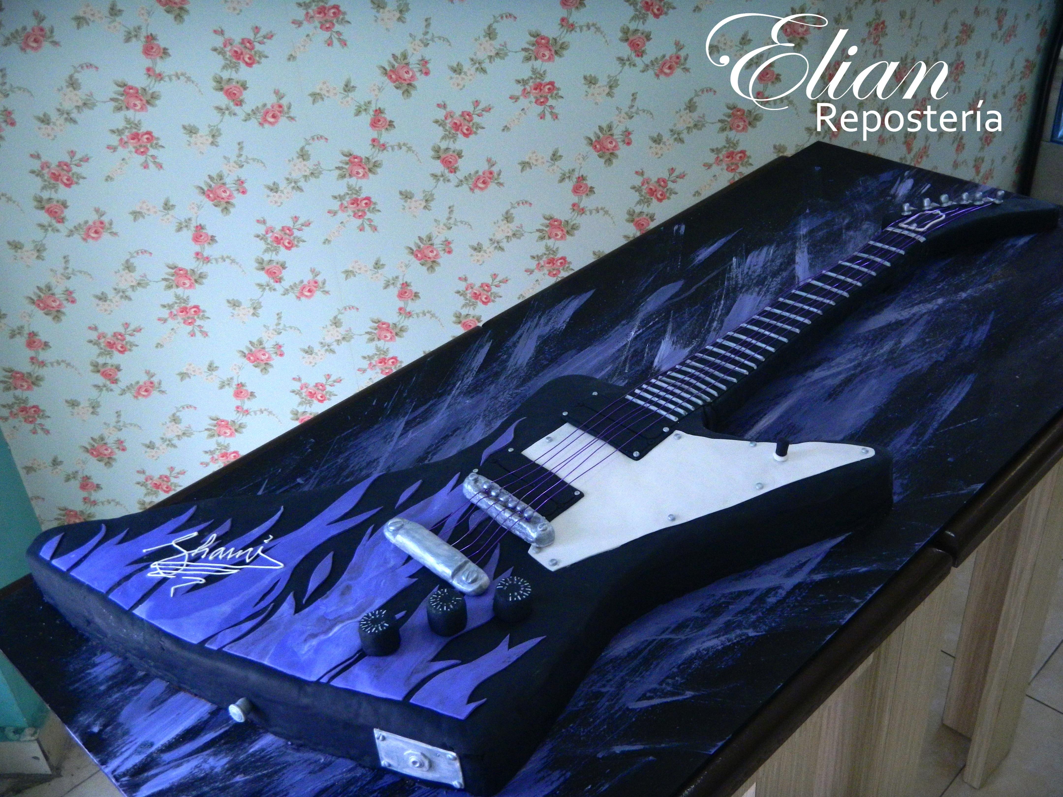 Pastel de guitarra fondant 3D mexico
