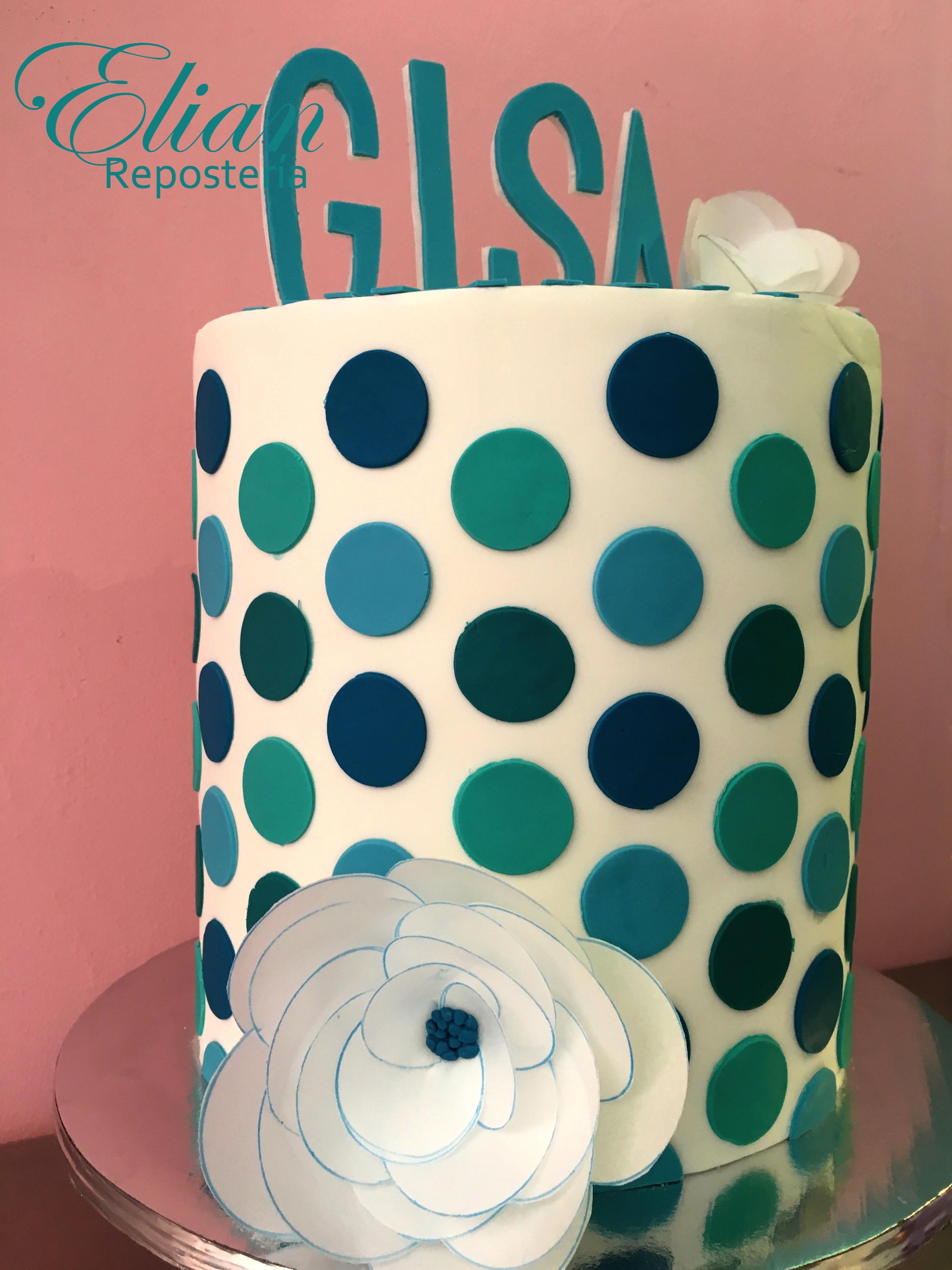pastel de fondant polka dot azul