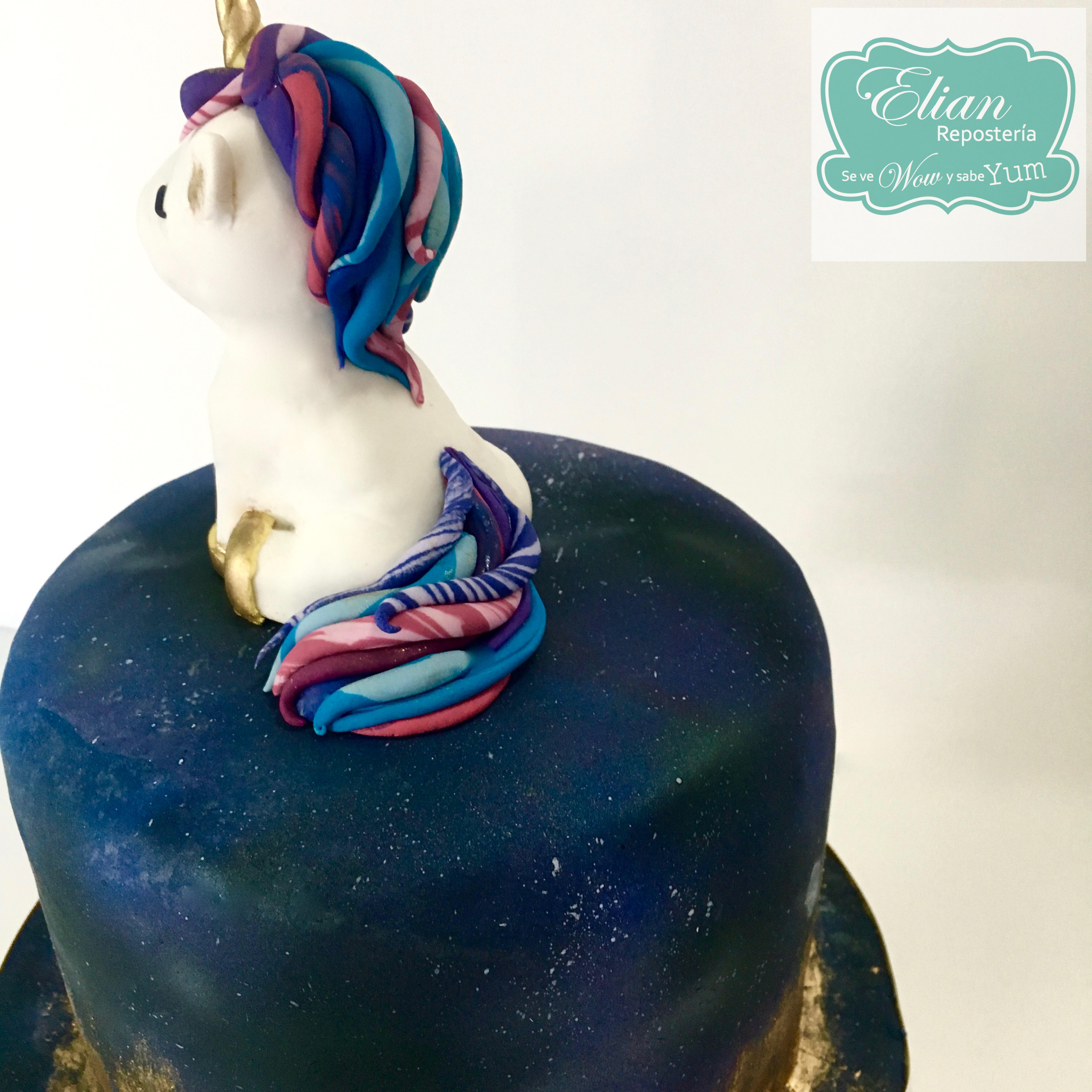 Pastel de Unicornio Galáctico