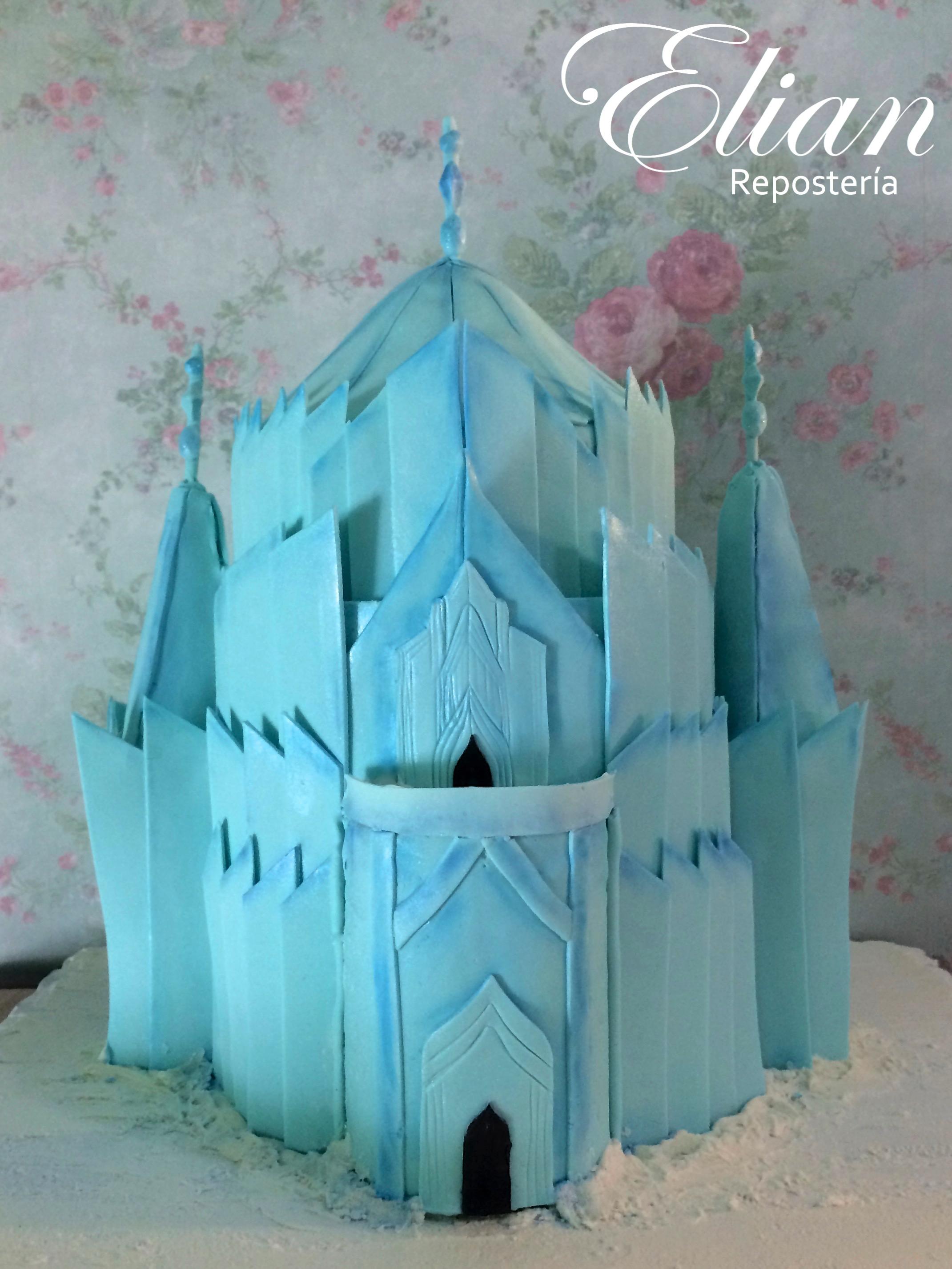 castillo de frozen pastel fondant