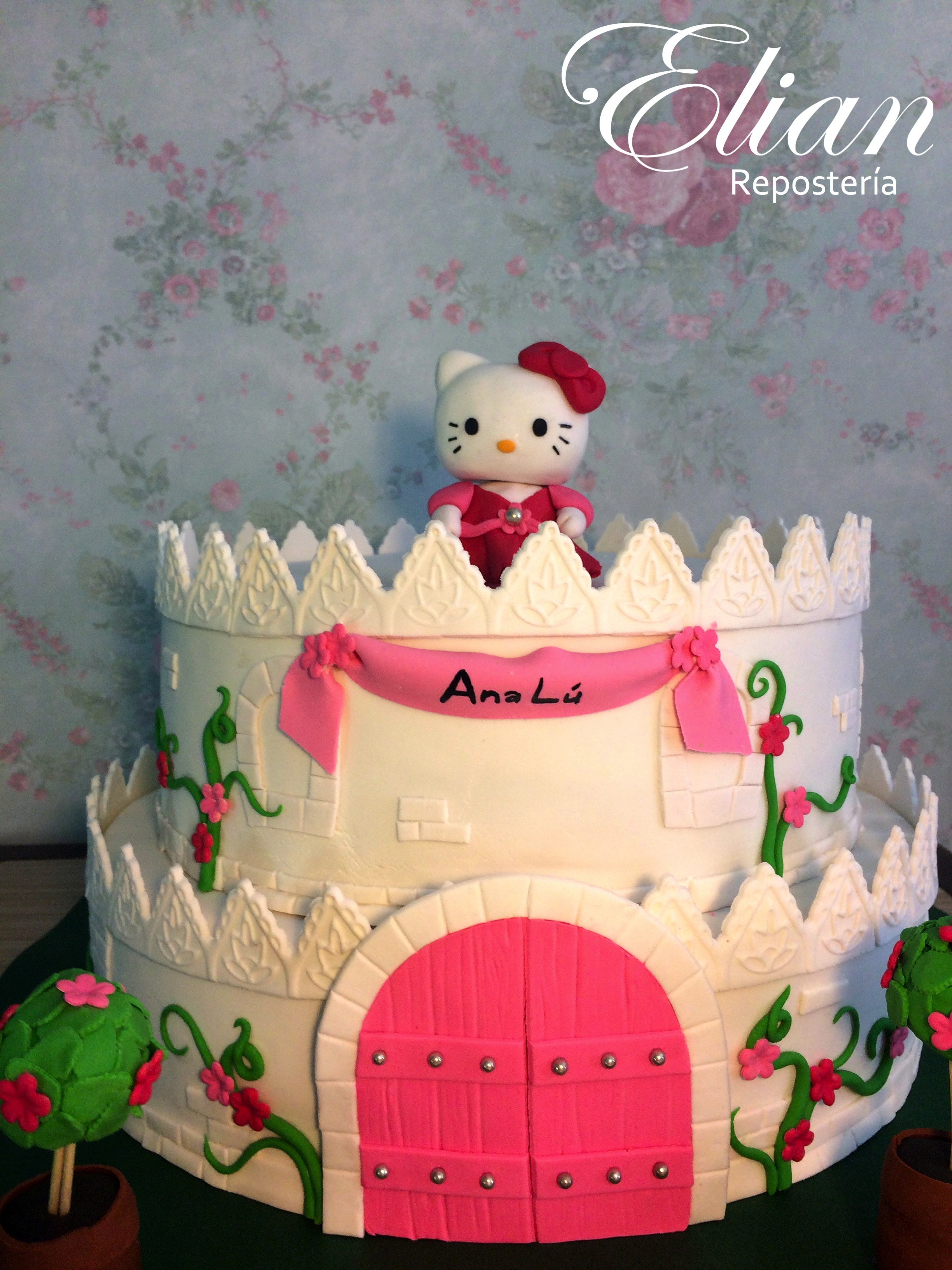 Pastel de Hello Kitty fondant