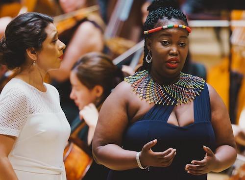 Opernsängerin Ipeleng Kgatla bei der Probe