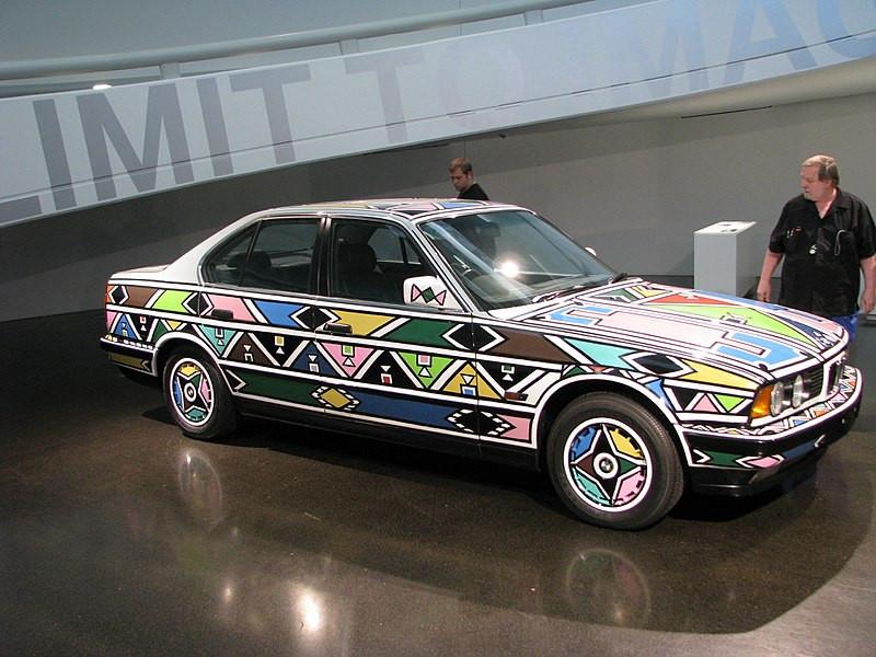 BMW Art car 1991 Dr. Esther Mahlangu