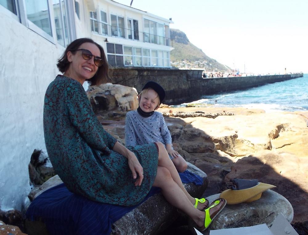 Mitarbeiterin Vivien Warmbier mit Sohn Luke.