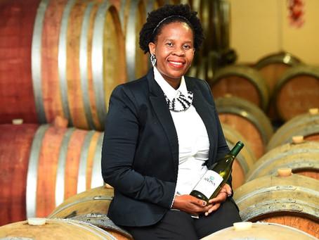 Die erste schwarze Weinmacherin vom Kap