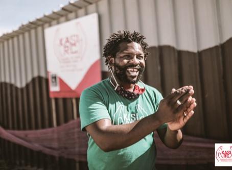 Theatermacher Mandisi und sein Khayelitsha