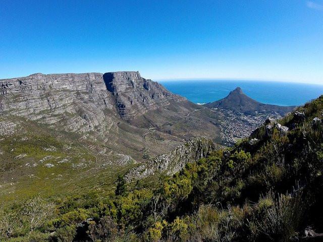 Es gibt über 300 Wanderwege auf den Tafelberg