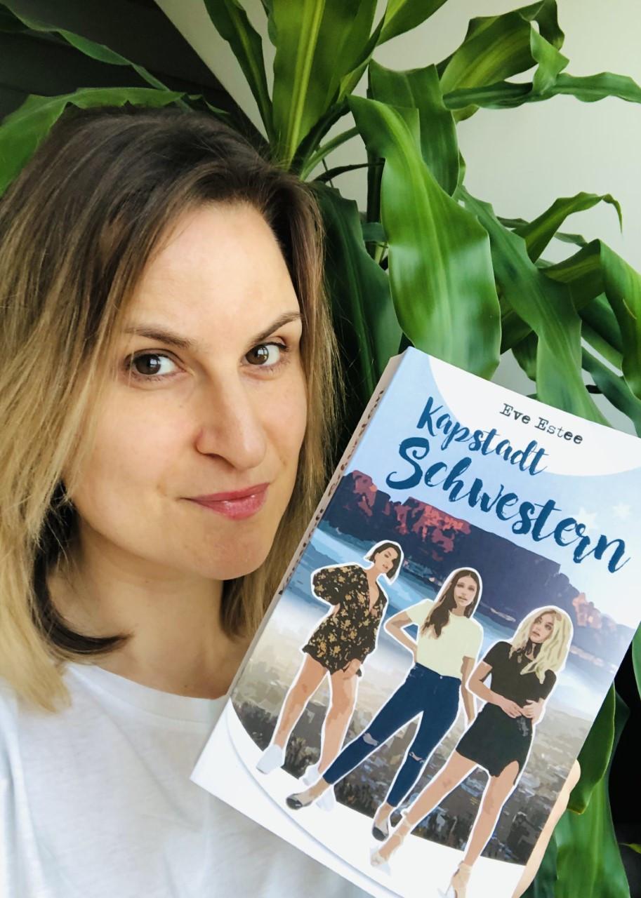 Eve Estee lebt in Luzern und plant weitere Romane