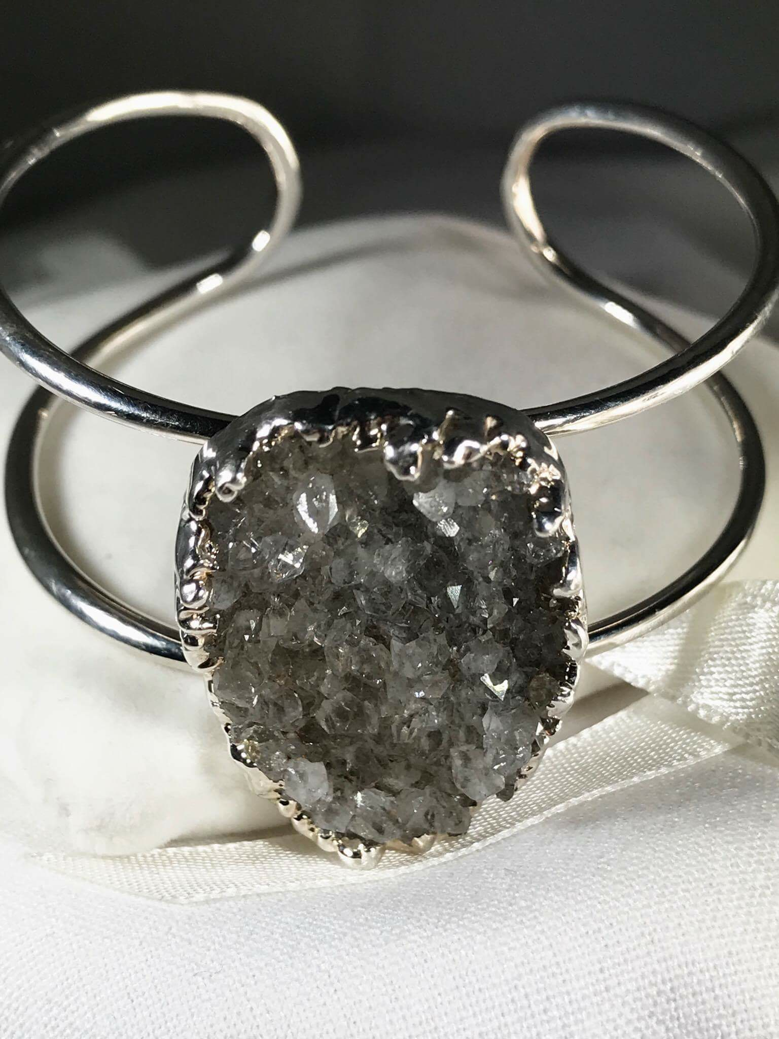 Druzy Bangle (Adjustable) .png SGB00013_2