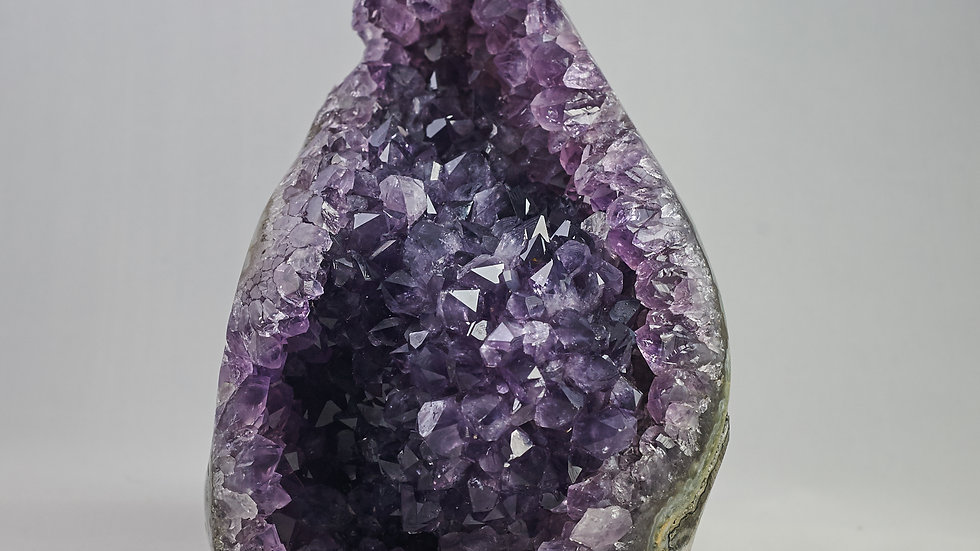 Natural Amethyst Crystal Cluster Geode with Polished Agate Edges A00016