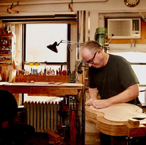 LUTHIER IN NEW YORK CITY