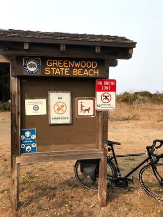 greenwood state beach - covid sign - elk