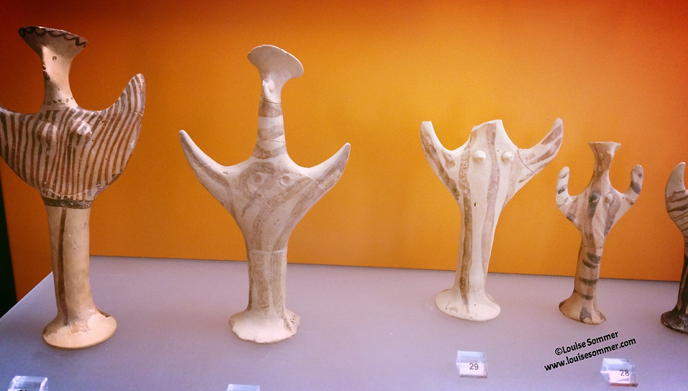clay figurines from Delphi Greece