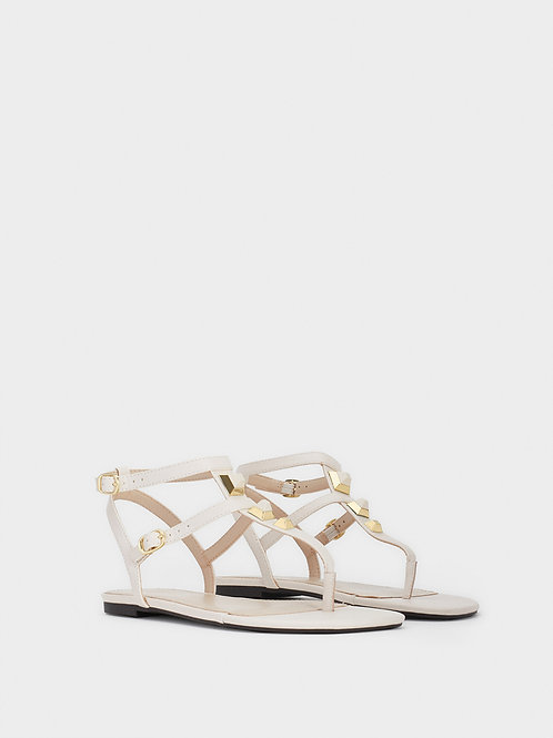 Sandálias rasas com aplicações metálicas  - PARFOIS - 20€