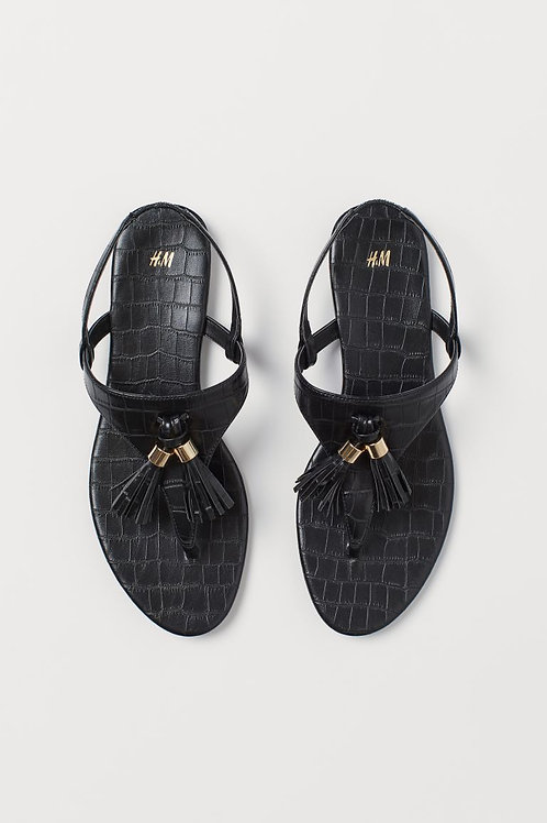 Sandálias com borlas - H&M - 16€