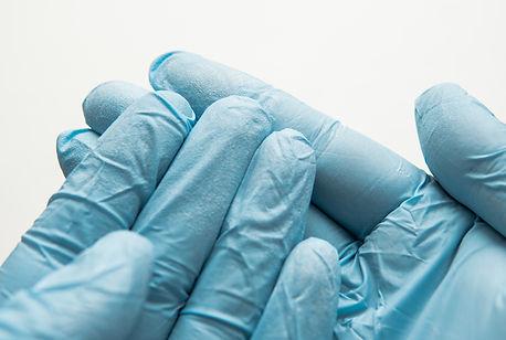 sterilization of nitrile gloves with alcohol antiviral sprays a.jpg