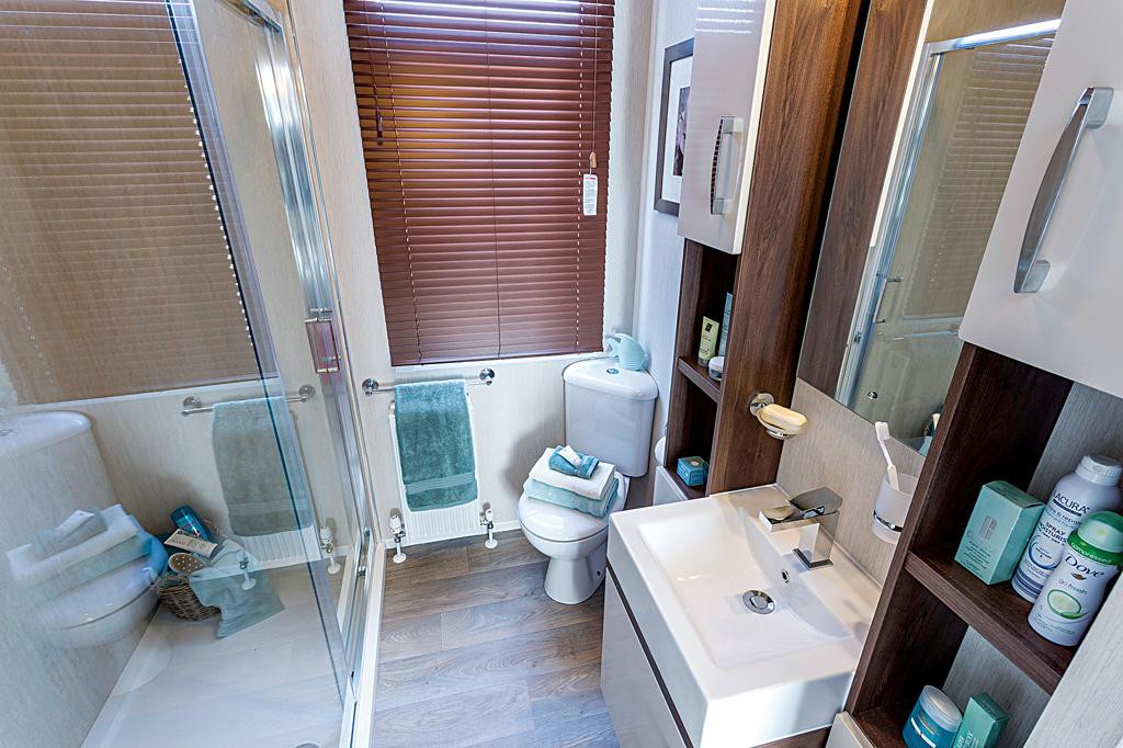 Arrondale Bathroom1.jpg