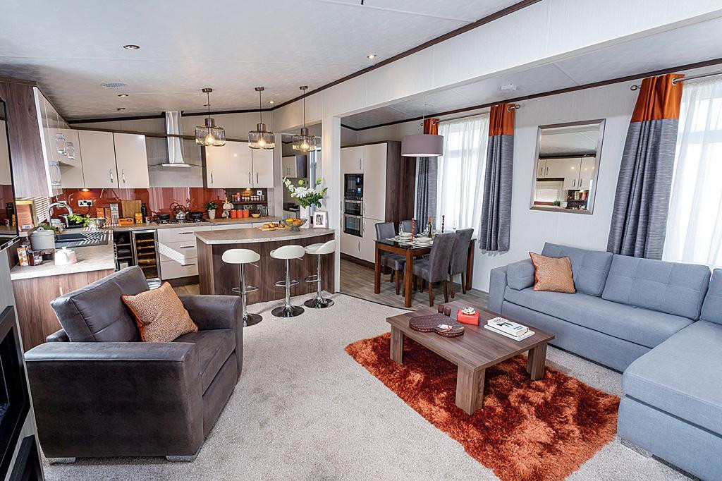 Arrondale Lounge2.jpg