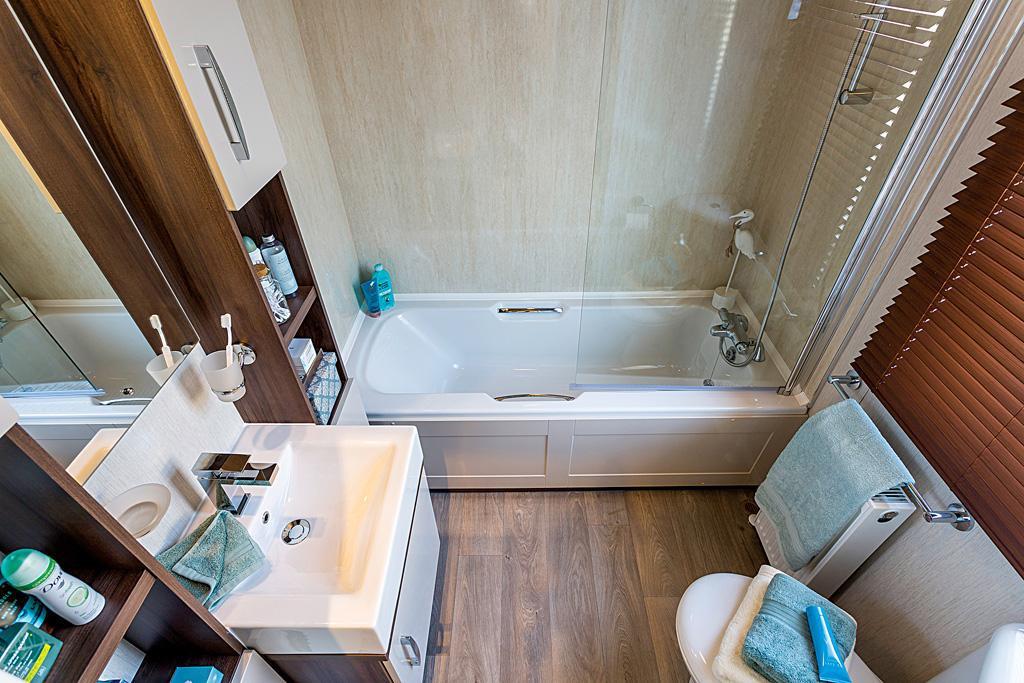 Arrondale Bathroom2.jpg