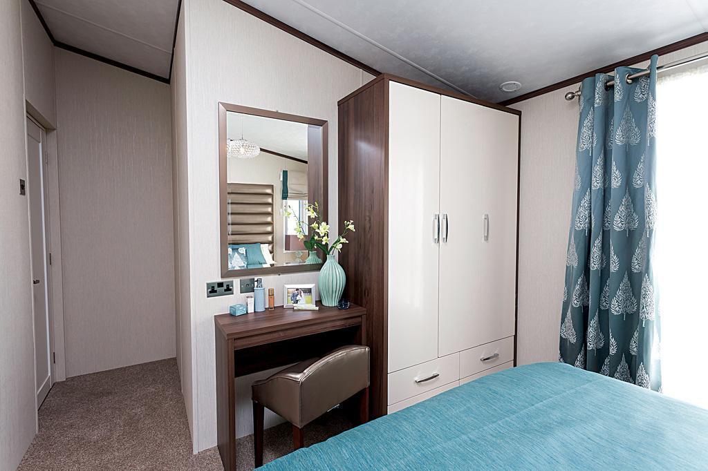 Arrondale Bedroom2.jpg