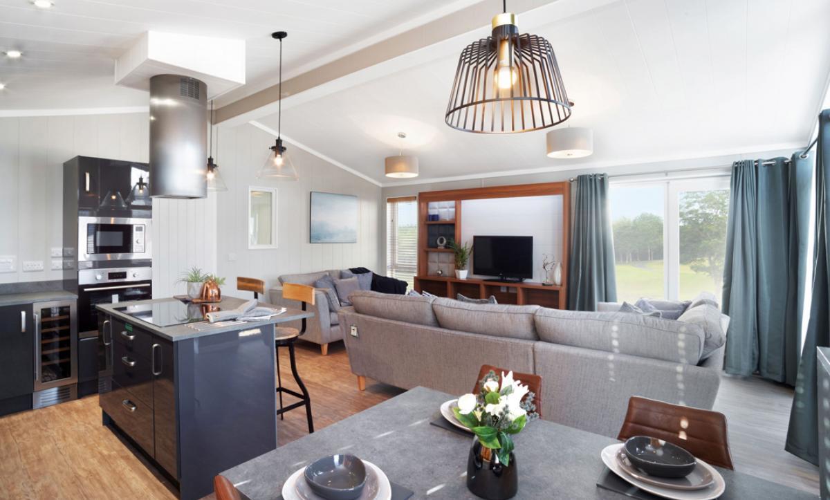 havana-21 kitchen dining lounge (1).jpg
