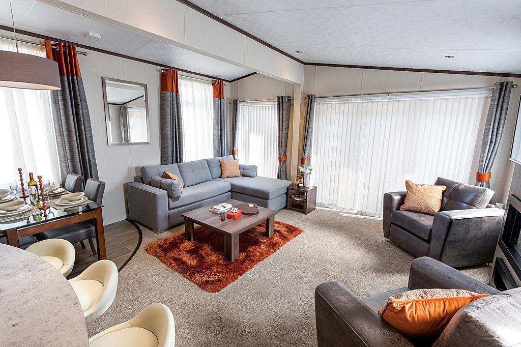 Arrondale Lounge1.jpg