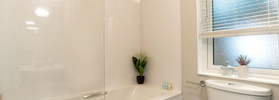 Harrington bathroom.jpg
