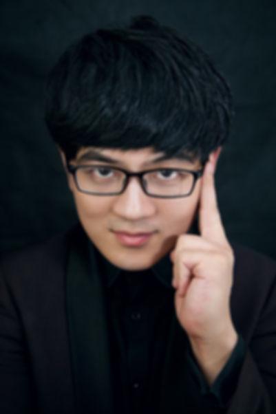 1.Gen Li photo 1.JPG