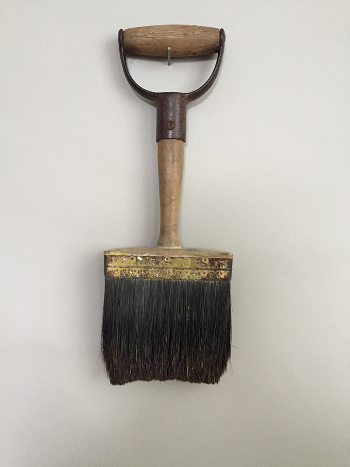 shovel brush