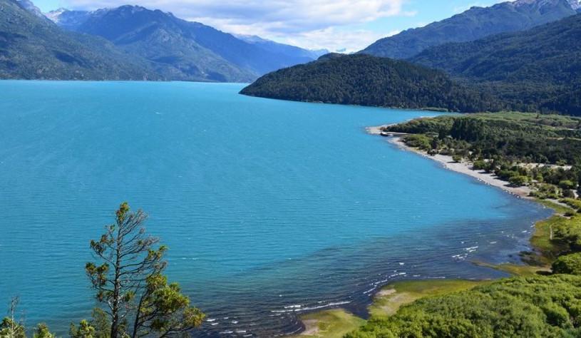 Lago-Puelo.jpg