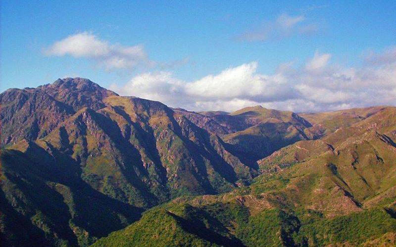 Cerro Las Gemelas 1.jpg