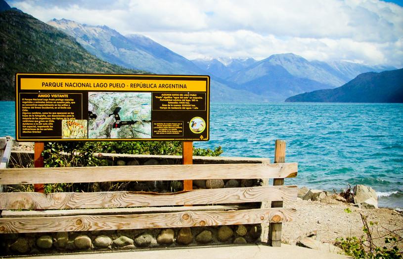 Parque_nacional_Lago_Puelo.jpg