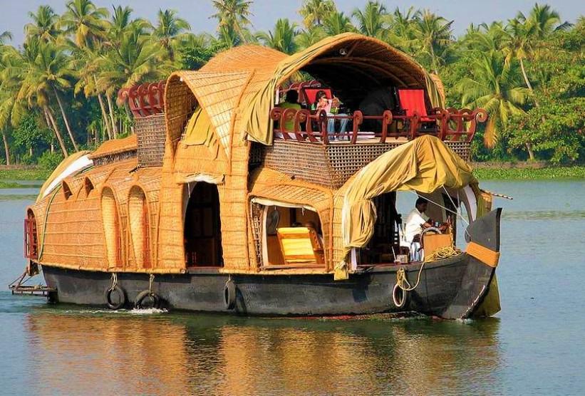 Alapphuza Casa flotante
