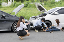 Finding-the-right-lawyer-for-a-car-accid