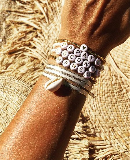 Composition Bracelets Message