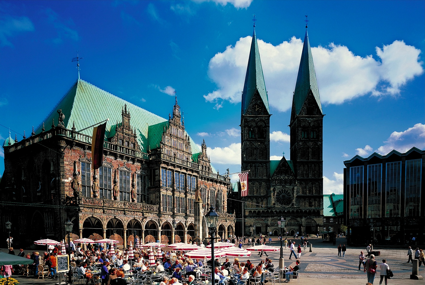 Bremen_Rathaus_StPetriDom_1834_RET