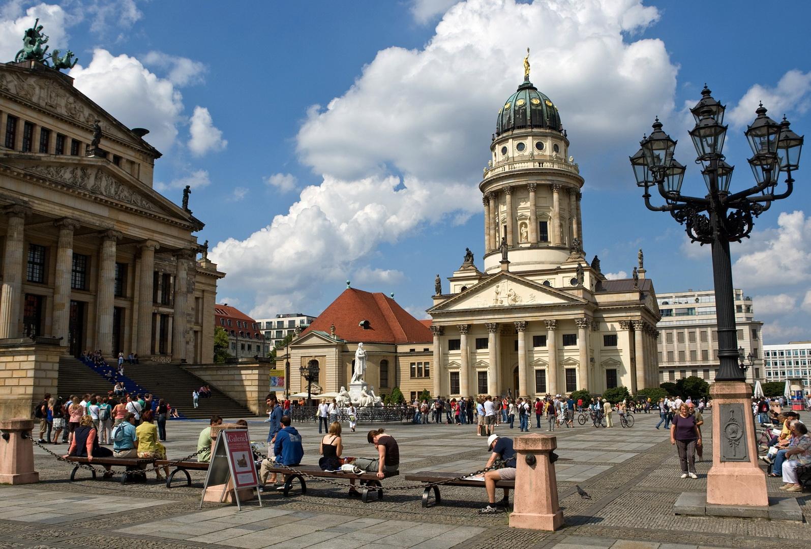 Gendarmenmarkt_Sommer_414_c_Scholvien_RET