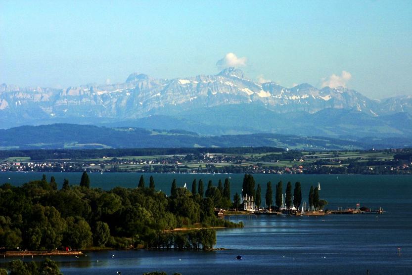Bodensee_mit_Saentis_RET