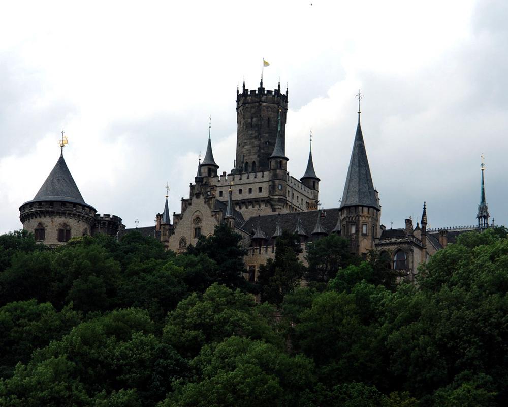 Schloss_Marienburg_RET