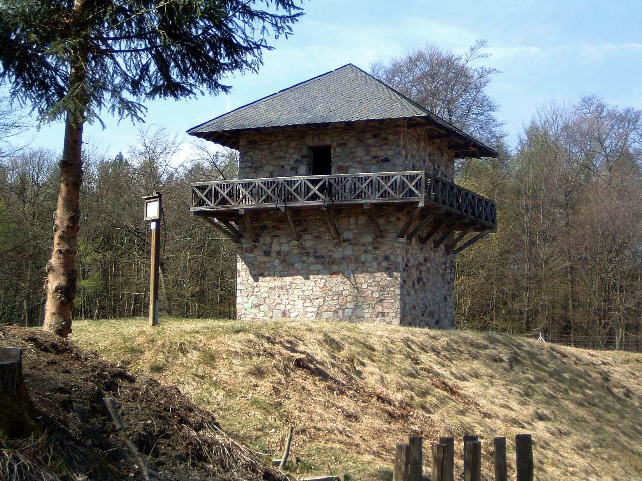 Taunus_Taunusstein-Orlen_Limesturm_Kastell_Zugmantel